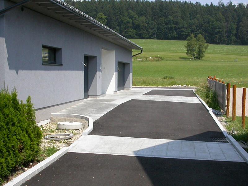 Garageneinfahrt asphalt  Bodenhofer Bau GmbH - Der Spezialist für Tiefbauarbeiten aller Art ...